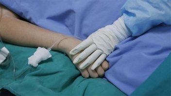 """Médico daba fármacos letales a pacientes con Covid para """"liberar camas"""""""