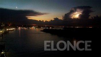 Rige un aviso por tormentas fuertes para una zona de Entre Ríos