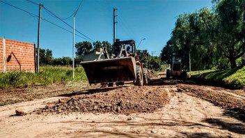 Continúan las tareas de repavimentación de calles en Paraná