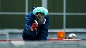 Detectan el primer caso de transmisión de la gripe aviar H5N8 a seres humanos