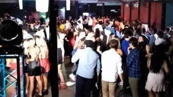 Fiesta de egresados clausurada en Paraná: tenía el triple de personas permitidas