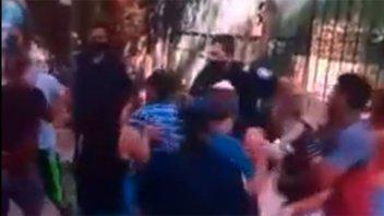 Video: familias enfrentadas protagonizaron