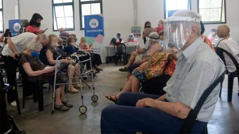 Vacunación a mayores de 90 años