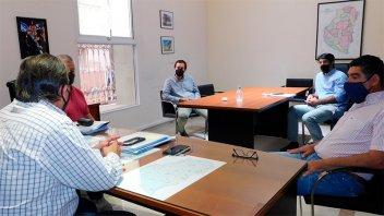 Buscan resolver problemas de infraestructura en barrios construidos por IAPV