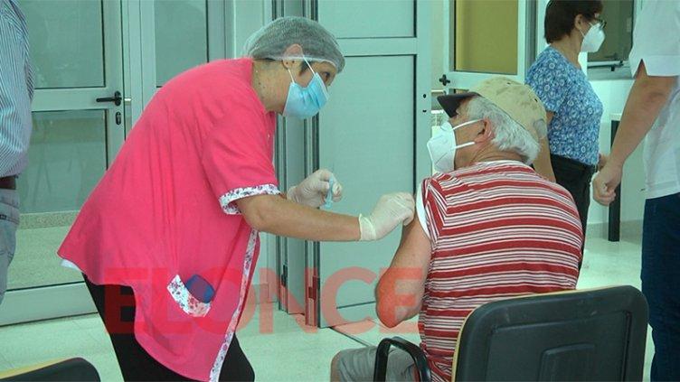 Más testimonios de los mayores de 70 años vacunados contra el Covid-19 en Paraná