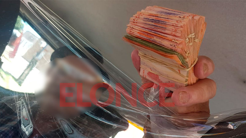 Joven taxista evitó estafa a jubilado: Hizo que el delincuente devolviera dinero