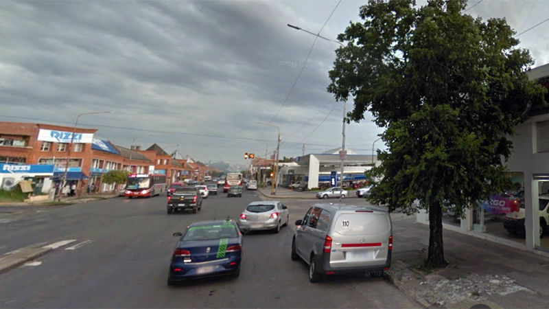 Avenida Almafuerte y Ayacucho