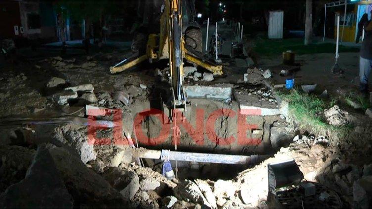 Reparan caño: El agua volvería después de medianoche a distintos barrios