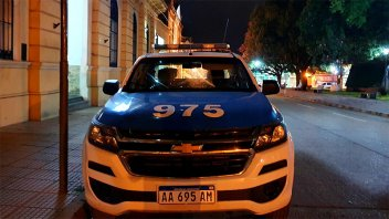 Gresca culminó con un baleado, una mujer herida y un policía detenido