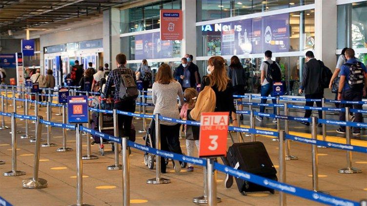 Covid 19: El Gobierno redujo los vuelos con Europa y suspendió nuevos destinos