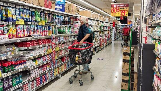 Rige el congelamiento de precios de 1.432 productos: el listado completo