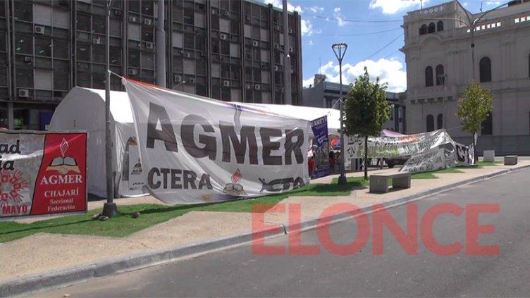 """AGMER aceptó propuesta salarial del Gobierno: """"Este jueves retiramos la carpa"""""""