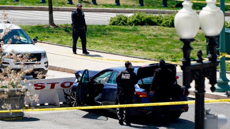 Un policía muerto y otro herido en tiroteo cerca del Capitolio de Estados Unidos