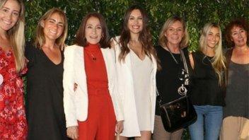Pampita se defendió de las críticas por su baby shower