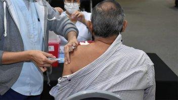 Pasados 14 días de vacunados, empleados pueden ser llamados a la presencialidad