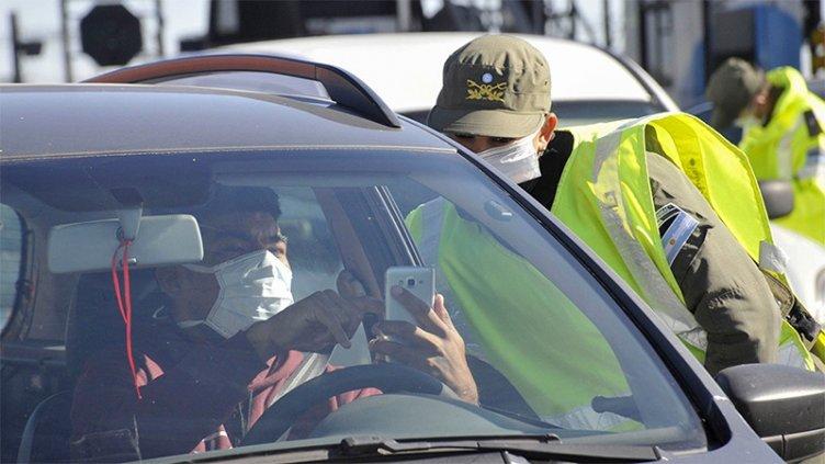 Fuerzas federales controlan el cumplimiento de medidas en todo el país