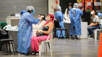 Reportaron 231 nuevas muertes y 16.502 contagios por Covid-19 en Argentina