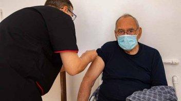 Vacunación antigripal en Entre Ríos: sigue con mayores de 80 años y otros grupos
