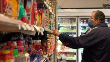 Advierten que la confianza de los consumidores