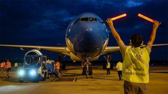 Covid-19: llegó a Moscú el vuelo número 12 de Aerolíneas para traer más vacunas