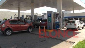 """Paranaenses opinaron sobre el aumento de los combustibles: """"Es una barbaridad"""""""