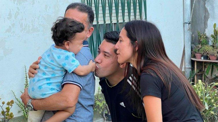 Oliver, el bebé que sobrevivió a la tragedia, está con su familia de Venezuela