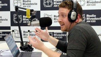 Jonatan Viale volvió a su programa en radio y recordó a su padre
