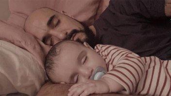Abel Pintos hizo un anuncio y publicó una tierna foto junto a su hijo