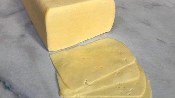Prohibieron en todo el país la comercialización de un queso