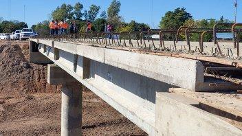 Finalizó hormigonado del puente sobre Arroyo García en departamento Gualeguaychú