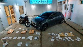 Narcomenudeo: incautaron droga, celulares, vehículos y detuvieron a tres hombres