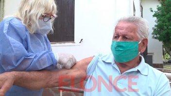 La provincia vacunó el 80% de los adultos mayores de 70 años: amplían campaña