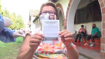 Covid-19: Vacunaron sin turno previo a mayores de 70 años en Paraná
