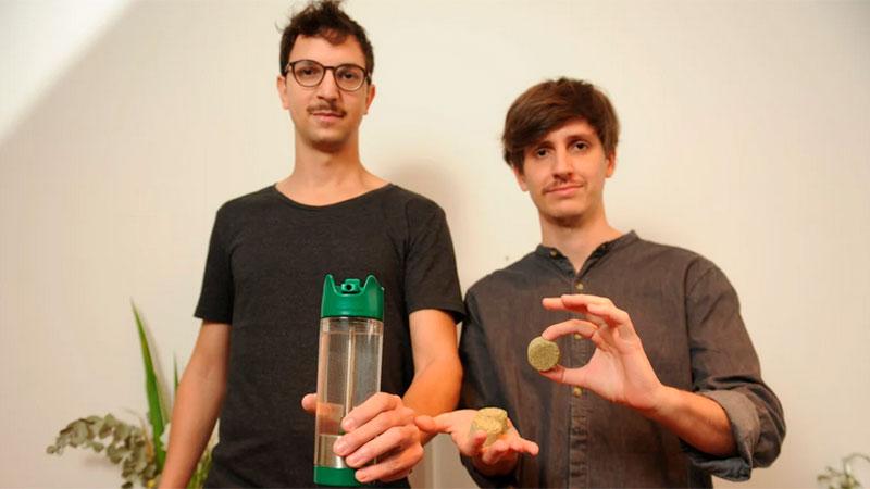 Marcos Stubrin y Salvador Fernández, inventores del mate en botella.
