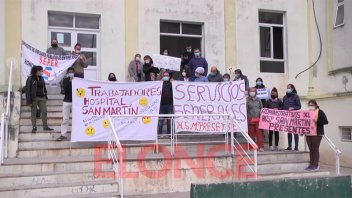 Empleados del hospital San Martín volvieron a pedir por la paritaria sectorial