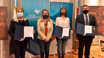 Se firmaron los convenios del Programa Concejos Deliberantes Innovadores