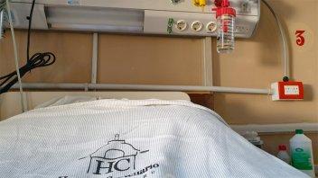"""Hospital Centenario frenó cirugías programadas y """"optimiza el uso de oxígeno"""""""