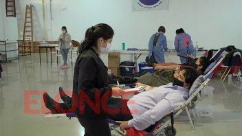 """""""Al aumentar los casos de Covid-19, merman los donantes voluntarios de sangre"""""""