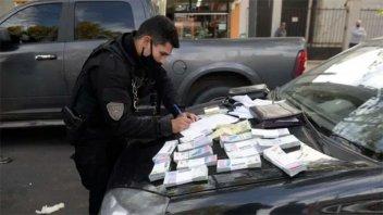Robaron 400.000 pesos en salida bancaria y tras persecución fueron detenidos