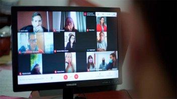 Clases: Entre Ríos conformará mesa de trabajo con grupo Padres Organizados