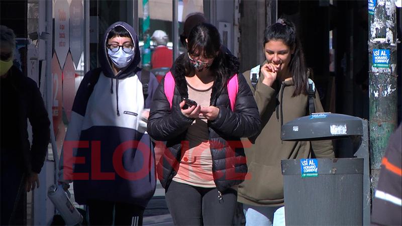 Fuerte repunte de casos de coronavirus en la provincia: reportaron 806 positivos