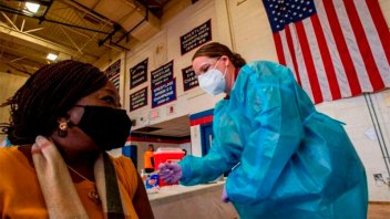 Estados Unidos comprará 500 millones de vacunas para donar al resto del mundo