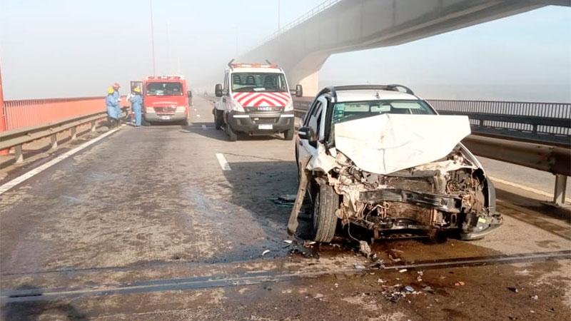 Tres heridos tras choque entre 8 autos en puente de complejo Zárate  Brazo Largo