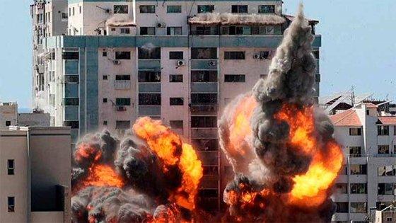 Nueva ofensiva de Israel sobre Gaza y más cohetes contra la región de Tel Aviv