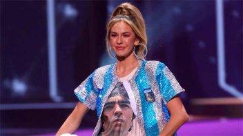 La argentina que participa de Miss Universo homenajeó a Maradona en el certamen