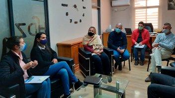 Municipios acompañan la implementación del programa de apoyo escolar del Becario