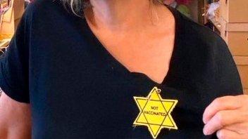 Covid-19: polémica en EEUU por un símbolo antisemita para criticar la vacunación