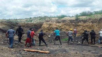 Colapsó una mina en México y siete trabajadores quedaron atrapados
