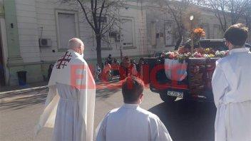 Se celebró Corpus Christi: Caravana recorrió hospitales para darles la bendición