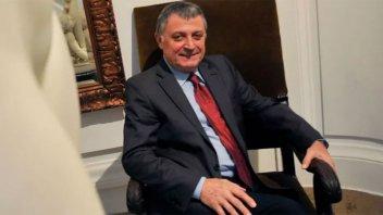 Preocupa la salud de Gino Renni: sus médicos evalúan hacerle una traqueotomía